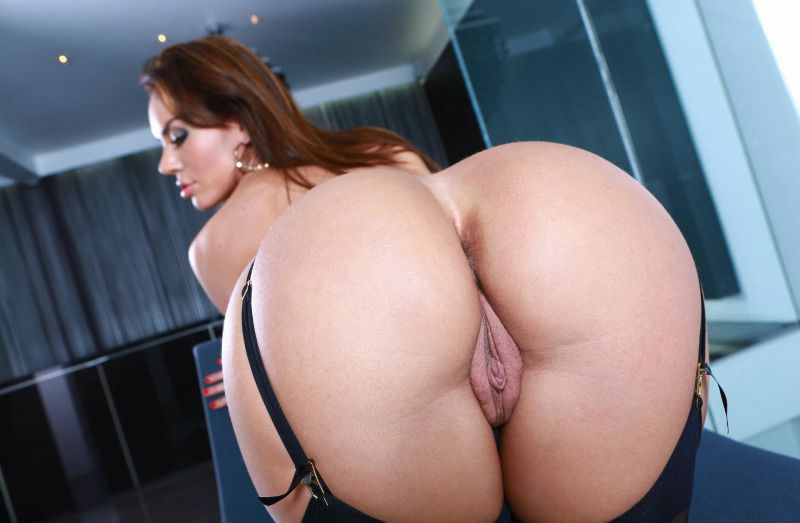 image Booty lela star takes a monster black cock