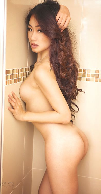 sexy-asian-in-shower