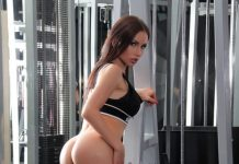 sasha rose hot ass at the gym