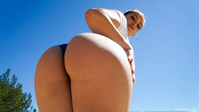 Dani Daniels Shows Her Big Ass And Takes Black Cock From Prince 3
