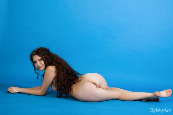 Norma Joel Spreads Her Legs And Shows An Amazing Teen Ass 10