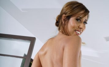 big ass demi lopez covered in bubble bath9 greatnass.com_ 1