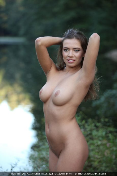 tracy curly babe with amazing natural boobs 16 greatnass.com_