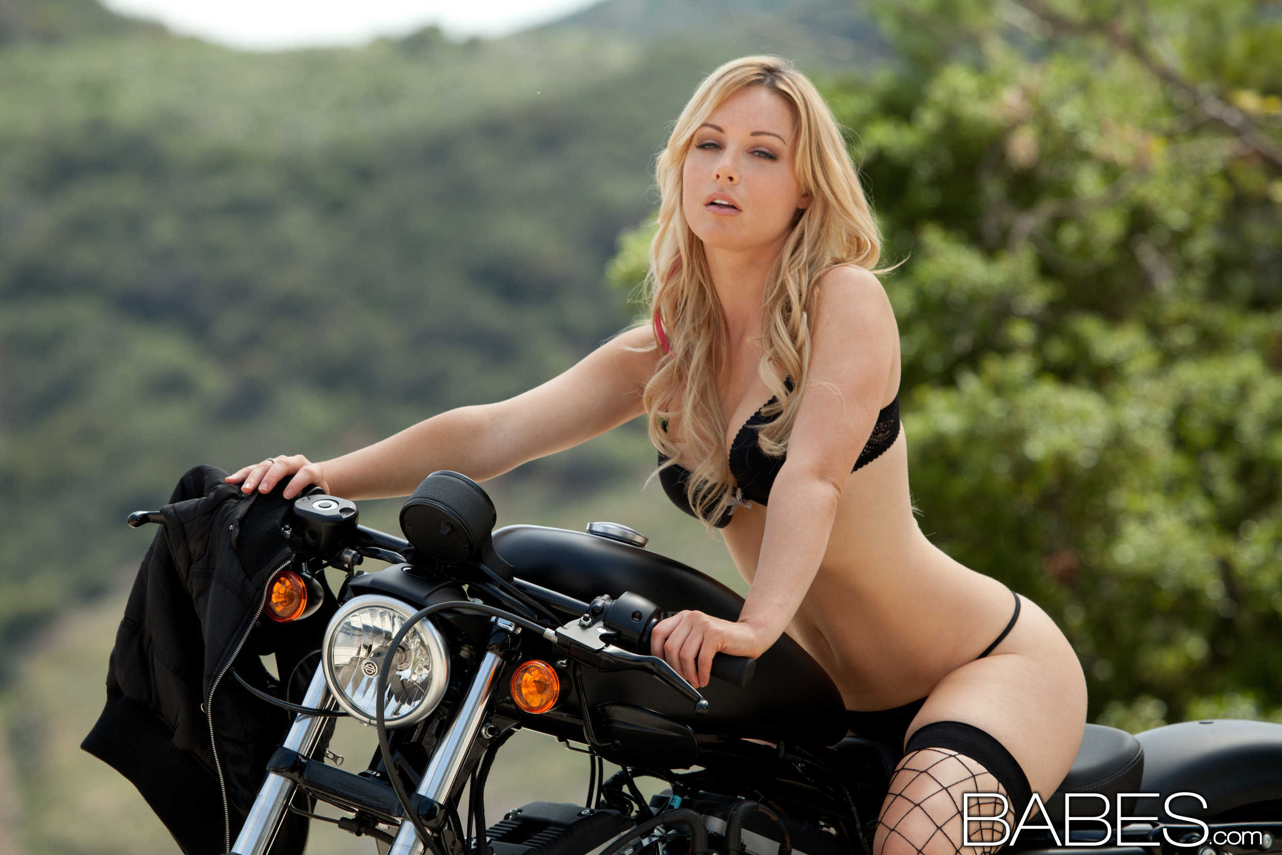 kayden kross bad biker girl with a perfect ass 2 greatnass.com_