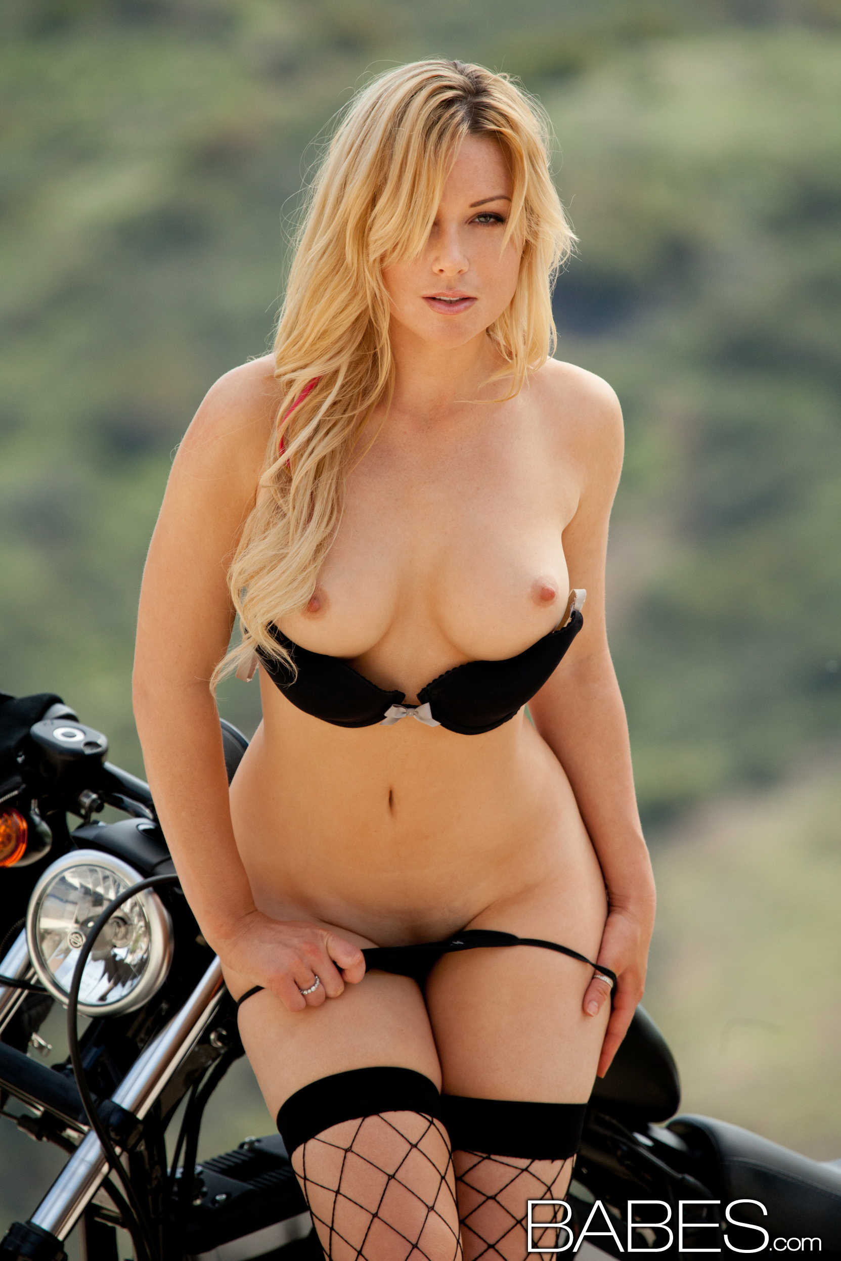kayden kross bad biker girl with a perfect ass 7 greatnass.com_