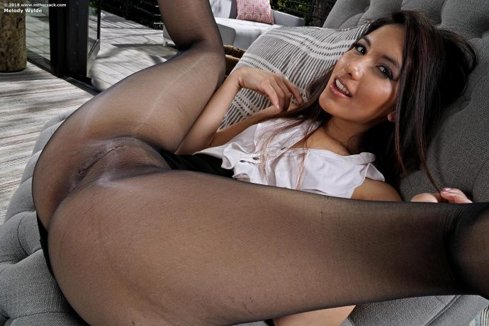 melody wylde hot ass in sexy black stockings 4 greatnass.com_