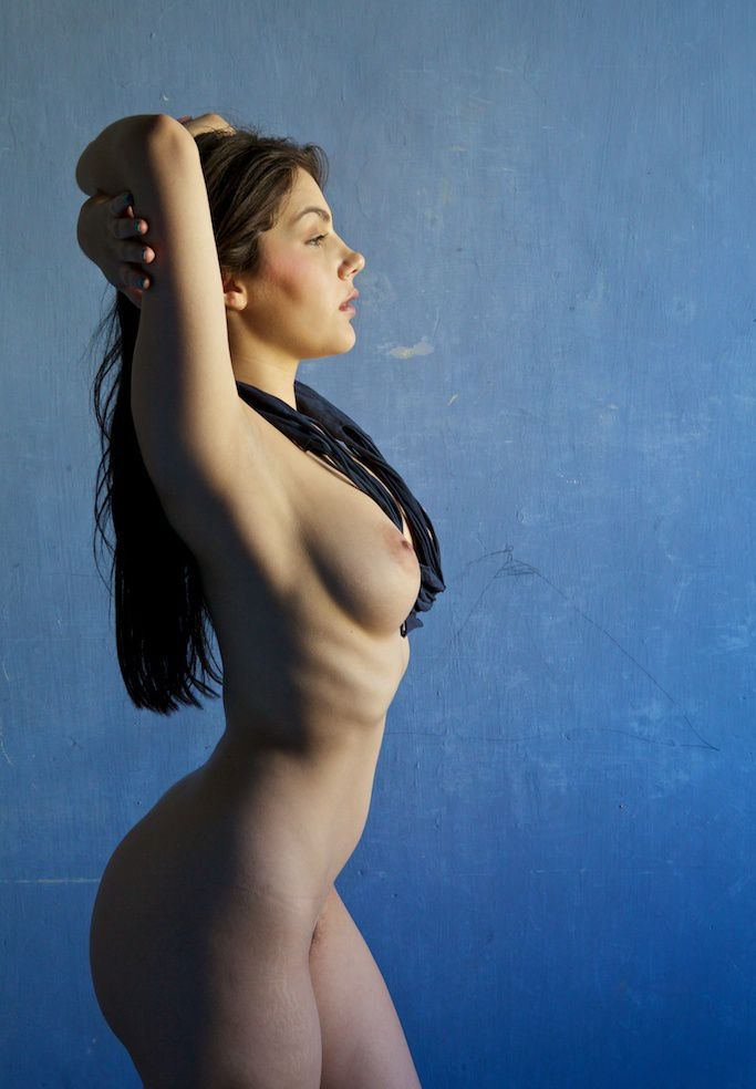 valentina nappi posing sexy showing her amazing ass 3 greatnass.com_ 1